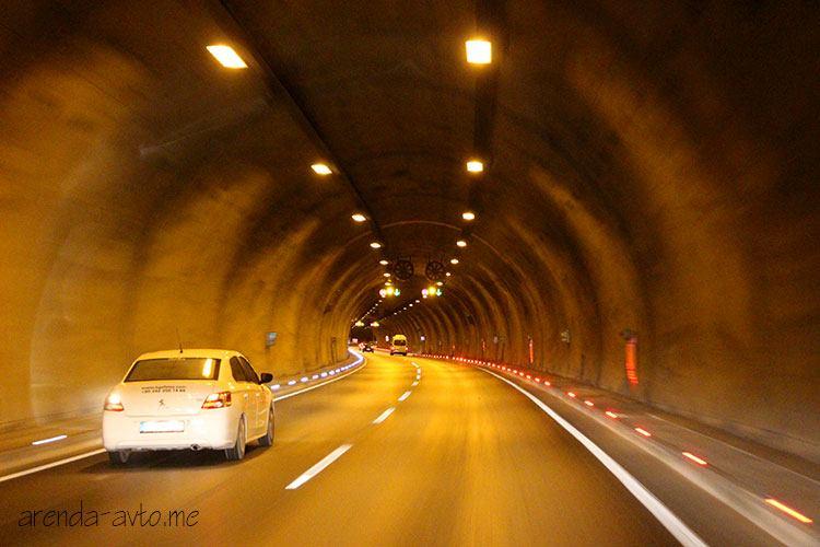 Внутри тоннеля